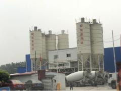 天津武清区:商砼企业挖坑肆意排污 该谁监管?